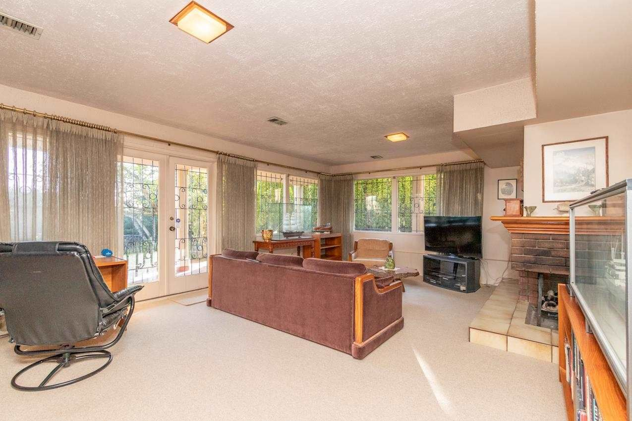 Photo 28: Photos: 385 MONTERAY Avenue in North Vancouver: Upper Delbrook House for sale : MLS®# R2582994