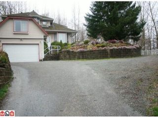 """Photo 9: 29445 SIMPSON Road in Abbotsford: Aberdeen House for sale in """"ROSS & SIMPSON (PEPENBROOK AREA)"""" : MLS®# F1108244"""
