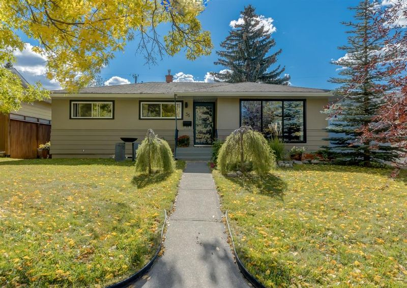 FEATURED LISTING: 35 Foster Road Southeast Calgary