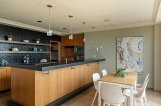 """Photo 8: 6 1861 BEACH Avenue in Vancouver: West End VW Condo for sale in """"The Sylvia"""" (Vancouver West)  : MLS®# R2620752"""