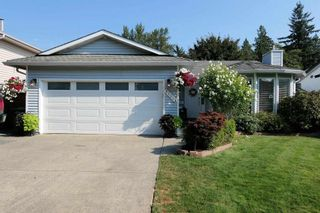 Photo 1: 21113 93 Avenue in Langley: Walnut Grove House for sale : MLS®# R2606818