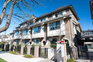 "Photo 1: 8530 OSLER Street in Vancouver: Marpole Townhouse for sale in ""Osler Residences"" (Vancouver West)  : MLS®# R2558334"