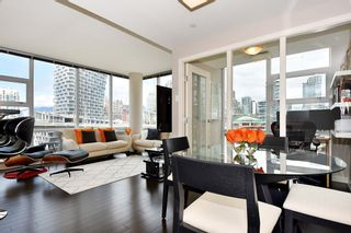 "Photo 5: 1005 638 BEACH Crescent in Vancouver: Yaletown Condo for sale in ""ICON"" (Vancouver West)  : MLS®# R2357913"