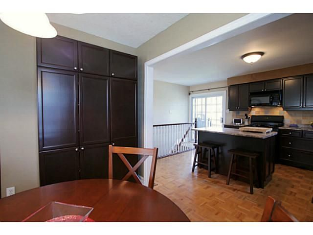 Photo 8: Photos: 5 CAMPFIRE CT in BARRIE: House for sale : MLS®# 1403506