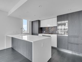 """Photo 5: 3002 1111 RICHARDS Street in Vancouver: Yaletown Condo for sale in """"8X On The Park"""" (Vancouver West)  : MLS®# R2610425"""