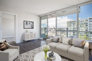 """Photo 2: 1406 1783 MANITOBA Street in Vancouver: False Creek Condo for sale in """"Residences at West"""" (Vancouver West)  : MLS®# R2457734"""