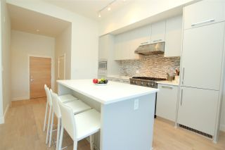 """Photo 7: 102 4355 W 10TH Avenue in Vancouver: Point Grey Condo for sale in """"IRON & WHYTE"""" (Vancouver West)  : MLS®# R2112416"""