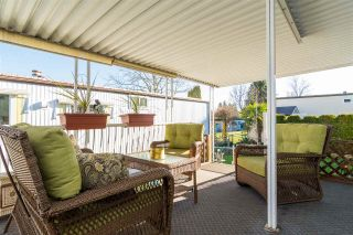 """Photo 19: 44 15875 20 Avenue in Surrey: King George Corridor Manufactured Home for sale in """"SEA RIDGE BAYS"""" (South Surrey White Rock)  : MLS®# R2333311"""