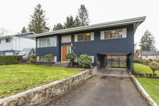 Photo 2: 2418 WARRENTON Avenue in Coquitlam: Central Coquitlam House for sale : MLS®# R2537280