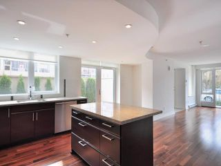 "Photo 5: 2412 W PINE Street in Vancouver: Fairview VW Townhouse for sale in ""MUSEE"" (Vancouver West)  : MLS®# V900518"