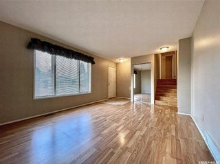 Photo 2: 628 Katzman Place in Martensville: Residential for sale : MLS®# SK864486