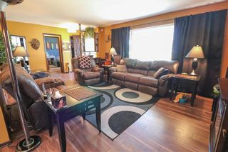 Photo 5: 62 Malden Close in Winnipeg: Maples Residential for sale (4H)  : MLS®# 202106019
