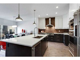 Photo 2: 16 COUGAR RIDGE Place SW in Calgary: Cougar Ridge Residential Detached Single Family for sale : MLS®# C3651279
