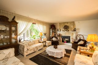 Photo 4: 2719 Daybreak Ave in Coquitlam: House for sale
