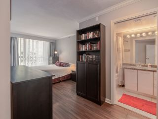 "Photo 17: 10C 199 DRAKE Street in Vancouver: Yaletown Condo for sale in ""CONCORDIA 1"" (Vancouver West)  : MLS®# R2539673"