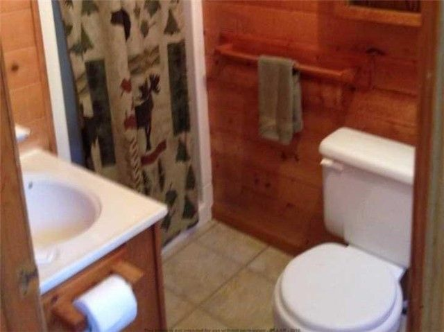 Photo 2: Photos: 88 Granite Road in The Archipelago: House (Sidesplit 3) for sale : MLS®# X3530387