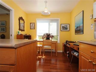 Photo 10: 201 9905 Fifth St in SIDNEY: Si Sidney North-East Condo for sale (Sidney)  : MLS®# 682484