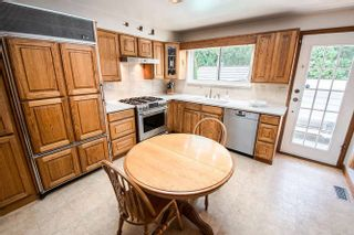 Photo 3: 7027 Ramsay Avenue in Burnaby: Highgate House for sale (Burnaby East)  : MLS®# R2202939