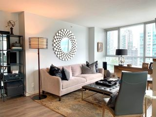 """Photo 5: 1701 1189 MELVILLE Street in Vancouver: Coal Harbour Condo for sale in """"THE MELVILLE"""" (Vancouver West)  : MLS®# R2617274"""