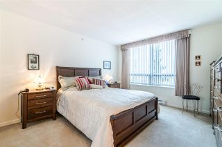 """Photo 12: 701 612 SIXTH Street in New Westminster: Uptown NW Condo for sale in """"THE WOODWARD"""" : MLS®# R2390390"""