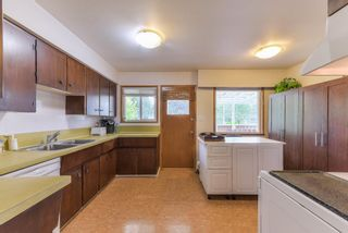 """Photo 8: 10967 JAY Crescent in Surrey: Bolivar Heights House for sale in """"birdland"""" (North Surrey)  : MLS®# R2368024"""