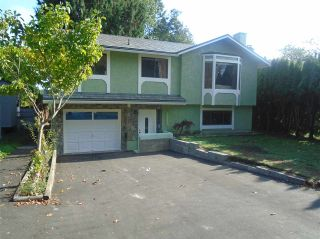 Photo 3: 13284 64A Avenue in Surrey: West Newton House for sale : MLS®# R2007638