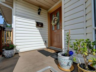 Photo 23: 596 Phelps Ave in VICTORIA: La Thetis Heights Half Duplex for sale (Langford)  : MLS®# 821848