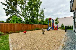 """Photo 19: 24 46570 MACKEN Avenue in Chilliwack: Chilliwack N Yale-Well Townhouse for sale in """"Parkside Place"""" : MLS®# R2318038"""