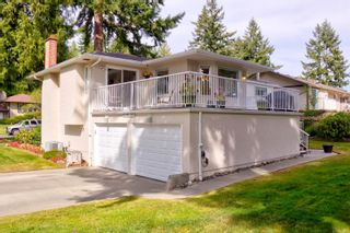 Photo 33: 2401 Wilcox Terr in : CS Tanner House for sale (Central Saanich)  : MLS®# 885075