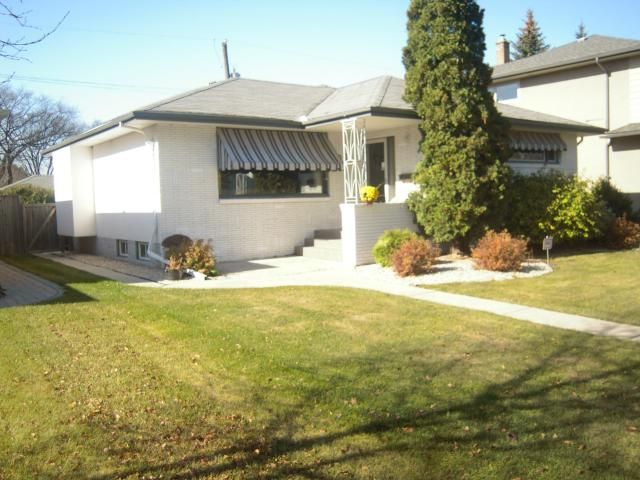 Main Photo: 627 Niagara Street in WINNIPEG: River Heights / Tuxedo / Linden Woods Residential for sale (South Winnipeg)  : MLS®# 1221246