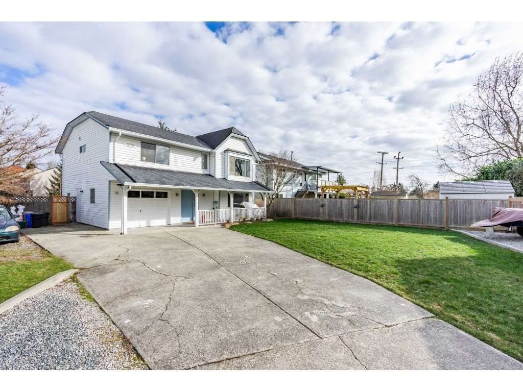 """Main Photo: 5258 198 Street in Langley: Langley City House for sale in """"Brydon Park"""" : MLS®# R2537119"""