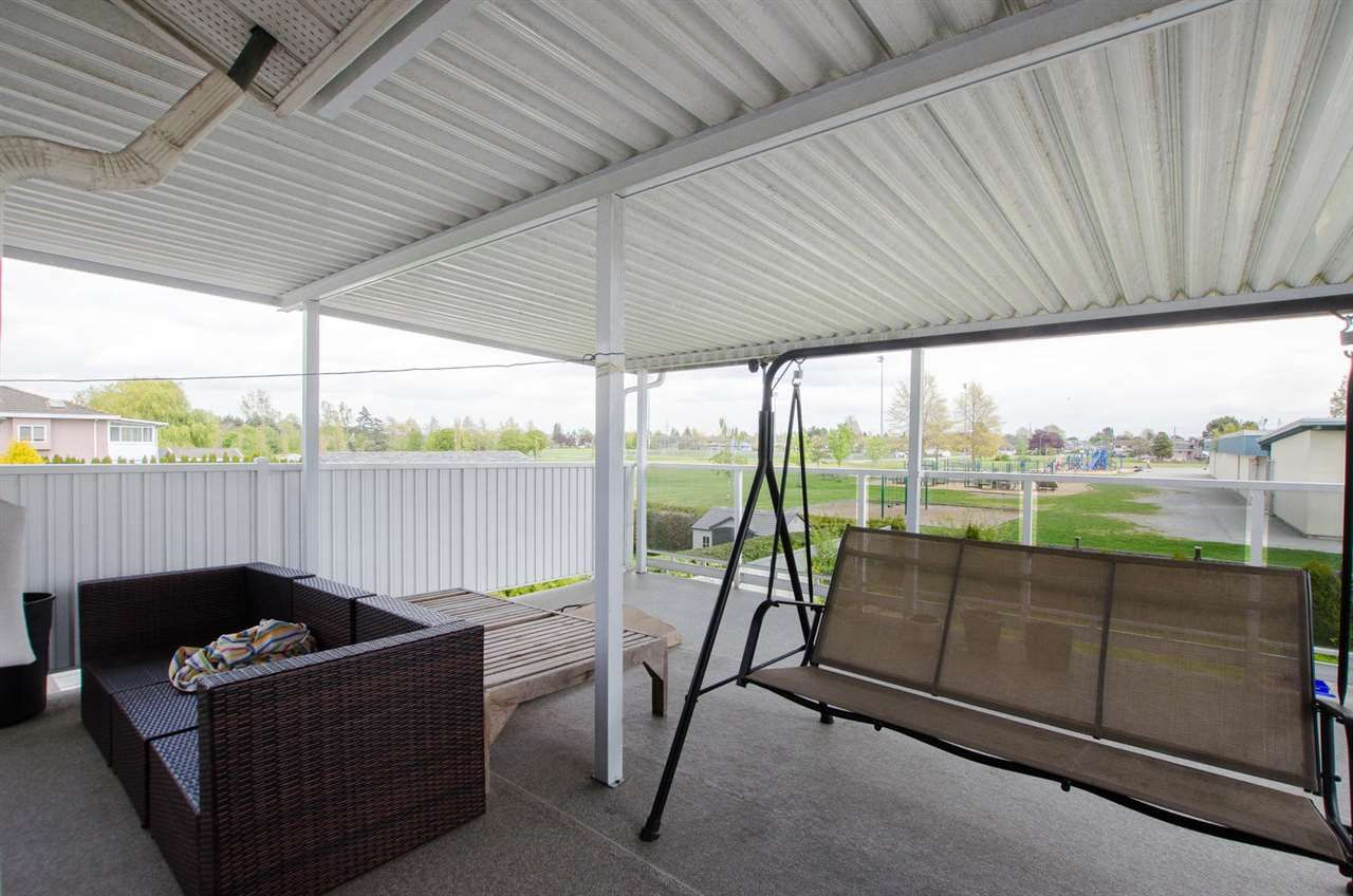 Photo 13: Photos: 4652 60B Street in Delta: Holly House for sale (Ladner)  : MLS®# R2366212