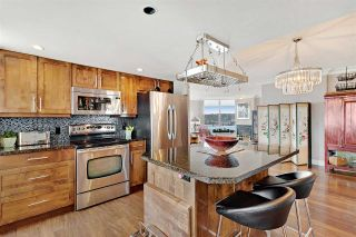 """Photo 11: 1401 1135 QUAYSIDE Drive in New Westminster: Quay Condo for sale in """"ANCHOR POINTE"""" : MLS®# R2538657"""