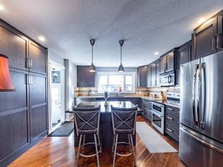 Photo 8: 327 Wascana Road SE in Calgary: Willow Park Detached for sale : MLS®# A1085818