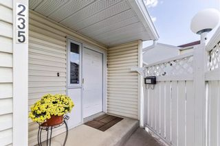 Photo 30: 235 EDGEDALE Garden NW in Calgary: Edgemont Row/Townhouse for sale : MLS®# C4205511