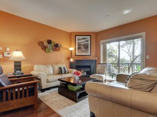 Photo 2: 12 2319 Chilco Rd in : VR Six Mile Row/Townhouse for sale (View Royal)  : MLS®# 873529