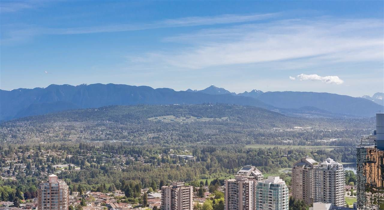 "Main Photo: 5309 6461 TELFORD Avenue in Burnaby: Metrotown Condo for sale in ""METROPLACE"" (Burnaby South)  : MLS®# R2197670"