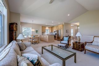 Photo 6: 1 Ravine Drive: Heritage Pointe Semi Detached for sale : MLS®# A1114746