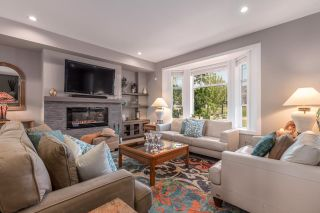 """Photo 2: 102 1392 TRAFALGAR Street in Coquitlam: Burke Mountain Townhouse for sale in """"The Towns"""" : MLS®# R2604465"""