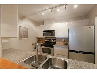 """Photo 13: 705 2288 PINE Street in Vancouver: Fairview VW Condo for sale in """"THE FAIRVIEW"""" (Vancouver West)  : MLS®# V1142280"""