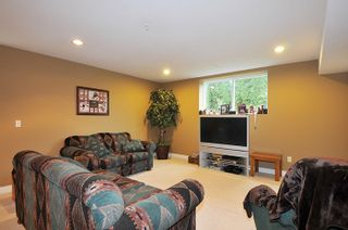 """Photo 17: 11735 GILLAND Loop in Maple Ridge: Cottonwood MR House for sale in """"RICHMOND HILL"""" : MLS®# R2027944"""