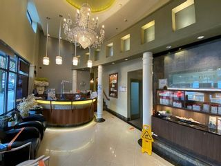 Photo 3: 1582 ROBSON Street in Vancouver: West End VW Retail for sale (Vancouver West)  : MLS®# C8038177