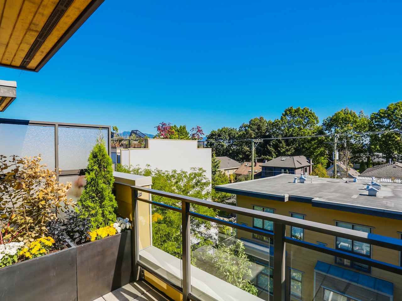 """Photo 15: Photos: 3748 COMMERCIAL Street in Vancouver: Victoria VE Townhouse for sale in """"BRIX 1"""" (Vancouver East)  : MLS®# R2107827"""