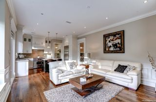 Photo 5: 5575 LARCH Street in Vancouver: Kerrisdale House for sale (Vancouver West)  : MLS®# R2621065