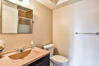 Photo 15: 404 20453 53 Avenue in Langley: Langley City Condo for sale : MLS®# R2186113