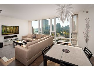 Photo 4: # 1807 918 COOPERAGE WY in Vancouver: Yaletown Condo for sale (Vancouver West)  : MLS®# V1006195
