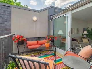 """Photo 9: 832 W 7TH Avenue in Vancouver: Fairview VW Townhouse for sale in """"Casa del Arroyo"""" (Vancouver West)  : MLS®# R2274661"""