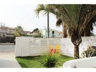 Photo 2: PACIFIC BEACH Townhouse for sale : 3 bedrooms : 4257 Gresham Street in San Diego