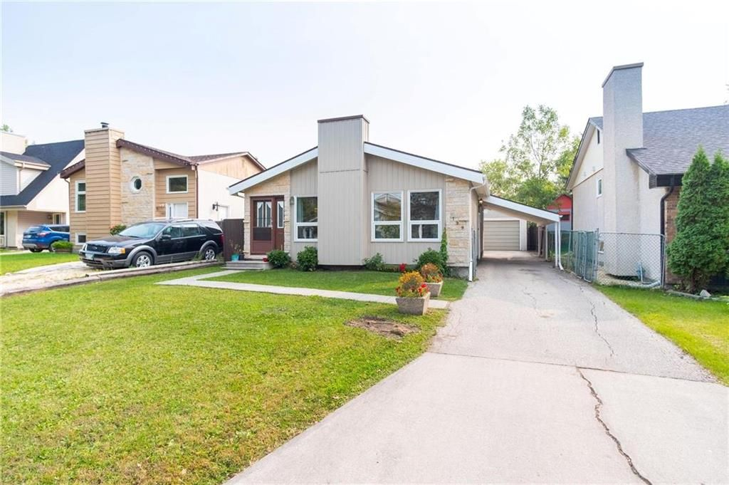 Main Photo: 199 Northcliffe Drive in Winnipeg: Canterbury Park Residential for sale (3M)  : MLS®# 202023162