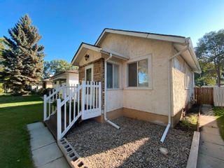 Photo 3: 12017 53 Street in Edmonton: Zone 06 House for sale : MLS®# E4261391